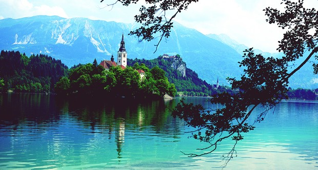 Bled & Bohinj with mt. Vogel day tour
