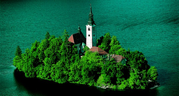 Ljubljana and lake Bled offshore tour
