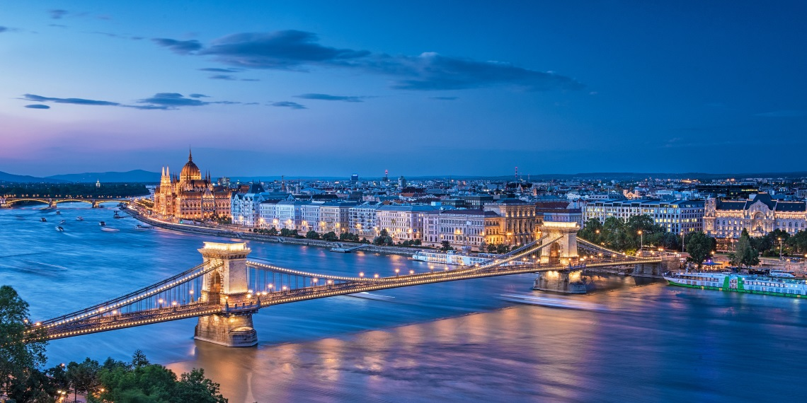 private tours budapest